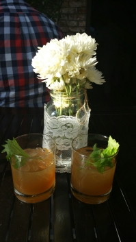 Queens Courage Gin Cocktails