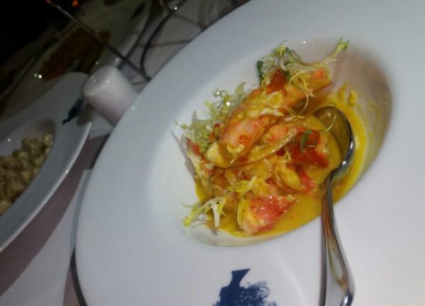 "Ceviche de Crabe d'Alaska - kind crab leg, habanero & citrus ""leche de tigre"", smoked trout roe"