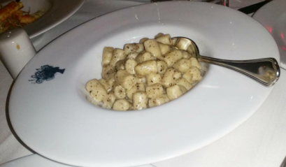 Gnocchi Truffés à la Parisienne de Nicolas - homemade gnocchi, black truffle pesto filling, truffle sauce
