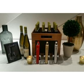 VINE PAIR / CORAVIN POP UP