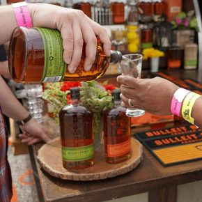 GIVEAWAY CONTEST – BEER, BOURBON & BBQ VIPTICKETS