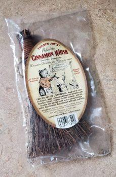 Cinnamon Scent Brush